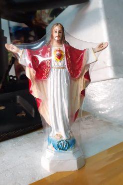 Tượng Chúa Kito Dang Tay (1)