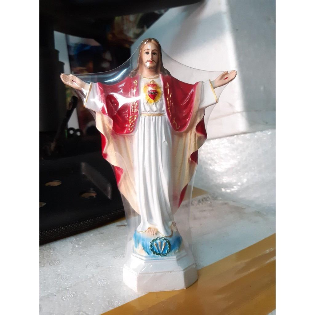 Tượng Chúa Kito Dang Tay (2)