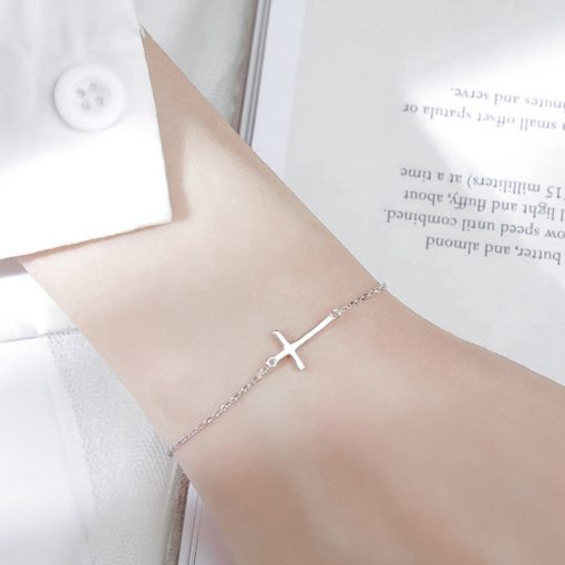 Vòng đeo Tay Hình Thánh Giá Xinh Xắn Dành Cho Nữ 02