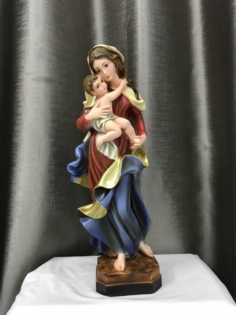 Tượng đức Mẹ Bế Chúa Mẫu ý