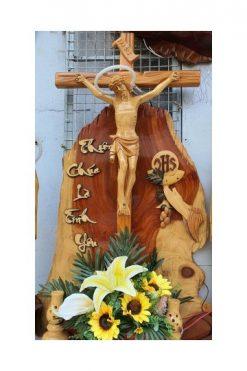 Bàn Thờ Công Giáo Gỗ Hương 03