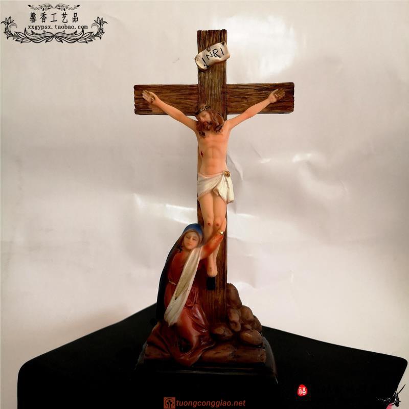 Tượng Chúa Giêsu Trên Cây Thánh Giá Dùng Trang Trí