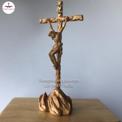 Tượng Chúa Chịu Nạn Trên đồi Gỗ Pơ Mu Cao 40cm (6)