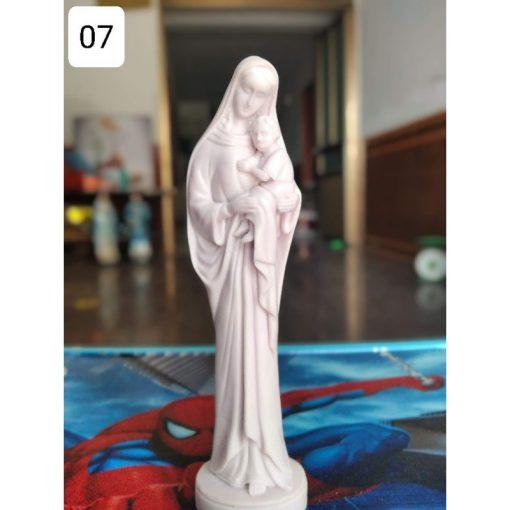 Tượng Đức Mẹ Bế Chúa