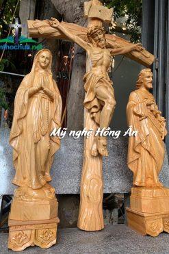 Bộ Tượng Chúa để Bàn Thờ Bằng Gỗ Pơ Mu